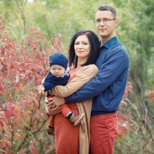 Calgary fall family sessions Nathalie Terekhova Lifestyle and Event photographer Pearce estate park