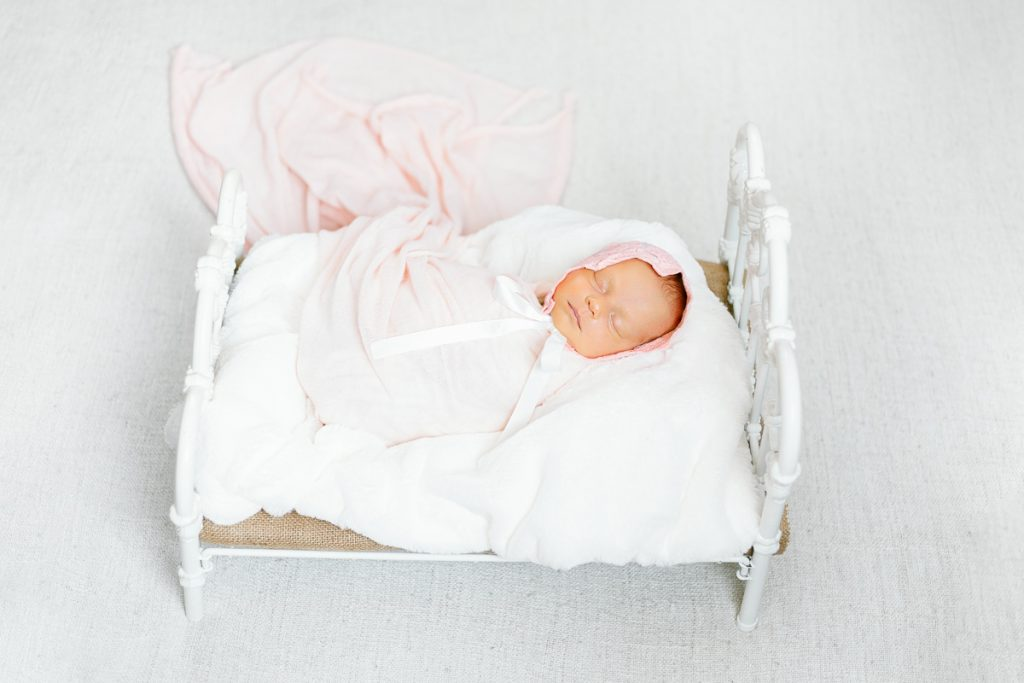 Baby photography tips Calgary Nathalie Terekhova photographer newborn session